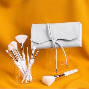 LA BEAUTE SOI 10 piece Makeup Brush Collection Set
